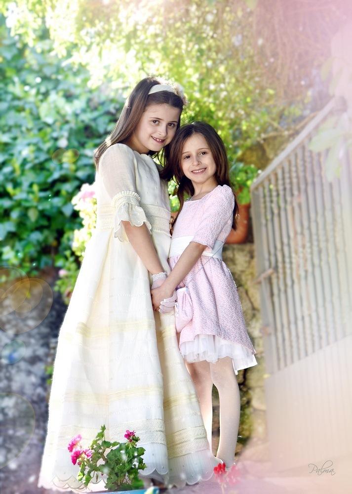 dos niñas comuniones
